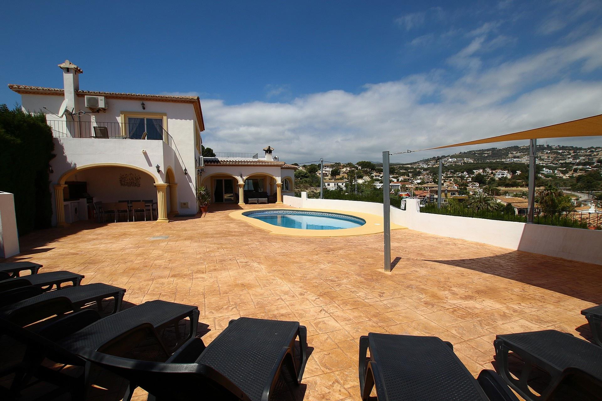w_terras-aan-zwembad-1.jpg