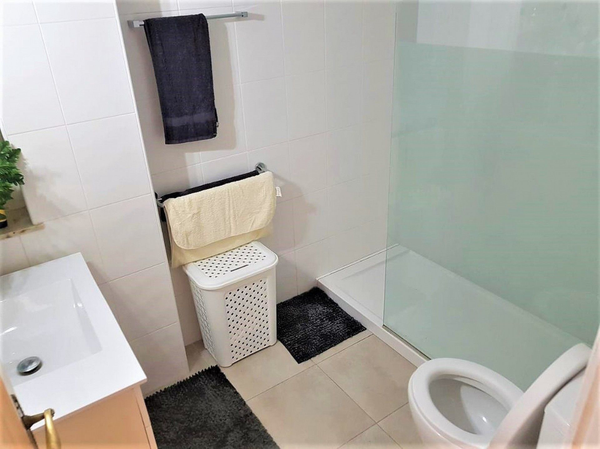 w_te-koop-moraira-centre-apartment-costa-blanca-spain-a2026-06-3.jpg